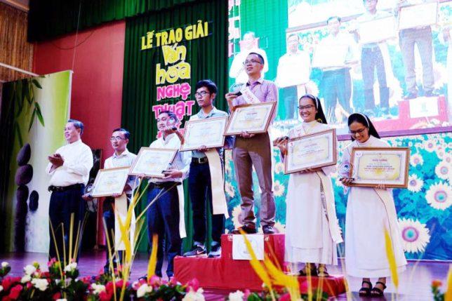 Lễ trao giải Văn Hóa Nghệ Thuật Đất Mới