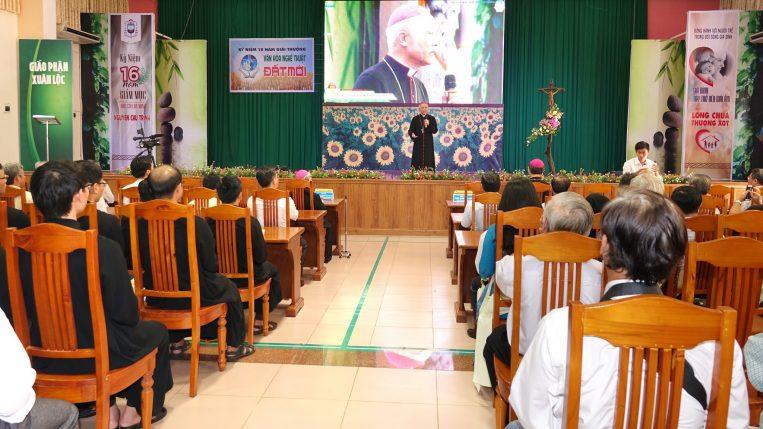 Hội trường TGM giáo phận Xuân Lộc - Lễ Trao giải VHNT Đất Mới 2020